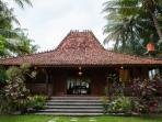 Welcome to Rumah Joglo Sambolo