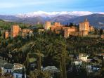 Nearby Alhambra palace (book in advance to visit during your stay!!)