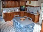 Kitchen with a direct acces to a private garden