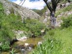 Cool off, N. of Castellane, picnics, walks and beauty, Find your own 'private' stream