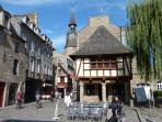 Dinan's historic centre, only a 10 minute drive from the house