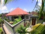 Chilli Bali Villa Canggu - main entrance and double security wall, car pakr