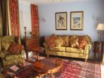 Gavilan Apartment - living room