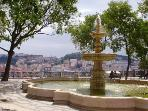 São Pedro de Alcântara Viewpoint is 8 min. away from the apartment! Watch the downtown and castle!
