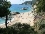 Boadella beach only 3 minutes walking from apartment