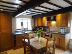 Beuatiful Farmhouse Kitchen