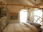 BENT AMISH HICKORY BED WITH TWINKLY LIGHTS