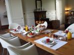 Breakfast in dining room pic1