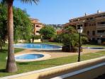 Main pool, childrens pool and jacuzzi