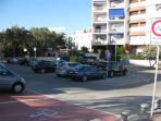 plaza de aparcamiento gratuito a 50 mts ,tanto la plaza como las calles son de aparcamiento gratuito