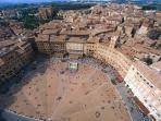 piazza del Campo view