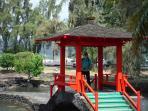 Lilikulani Park walking distance