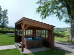 Llety Llyn y Fan , Brecon Beacons, hot tub - 51657