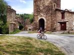 Abundance of hiking trails and cycling routes around Najac to explore the beautiful surrounding area