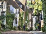 Wander Rye's cobbled streets