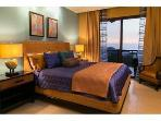 'Blue Ocean' master suite with king size bed.