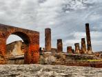 The villa's surroundings - Archaeological site of Pompeii