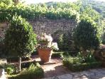 Help yourself to herbs from the herb garden - bay, thyme, mint, parsley and more...