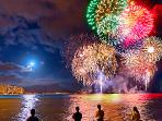 Fireworks every Friday night - view from Ala Moana Beach/Magic Island