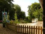 Petit jardin privatif ensoleillé et au milieu de la verdure