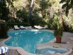 la piscine lieu de convivialité et de detente
