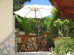 Outdoor studio little terrace