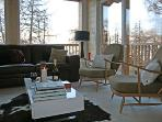 Access to the chalet is easy - private parking straight off the road with no steep slopes!