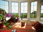 Sitting-Fireplace-bay window