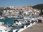 The port of Duquesa, so peacefull to watch the boats.
