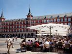 Plaza Mayor a few meters away
