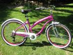 7 speed Cruiser style bicycle'Hers' (Guests must bring own helmet)