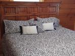 Master King Bed, New
