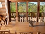 La salle à manger des Lucioles pour 10-14 personnes... Dining room seating 10-14