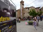 La piazza di Citerna durante la mostra fotografica  annuale Citerna Fotografia