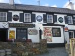 enjoy the craic at the traditional Harbour Bar