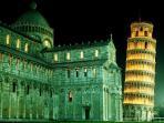 foto turistica - Pisa - piazza dei Miracoli