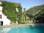 Available accomodation in impressive 18th century Tuscan villa with swimming pool, game room, gardens and tennis court