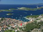 Hvar's panoramic view & location