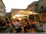 multitude of bars and restaurants to enjoy a drink and eat