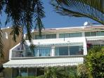 Superb Seaview Apartment - Beach/Sea 5 mins.Wi-Fi.
