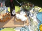 Alfresco eating in the sun