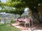 Apartment La Pergola, furnished large garden