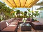 sofa modular en terraza