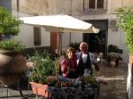Siamo i proprietari Dell'appartamento, gestiamo una trattoria in un paesino vicino Amalfi