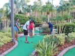 Mini (Crazy) Golf