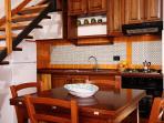 cucina-soggiorno dell'appartamento 'castagno'