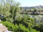 Une superbe vue sur le village de Liverdun.