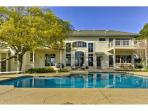 Premier Luxury Home overlooking Lake Austin only minutes away from Downtown!