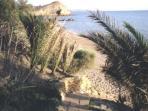 scaletta privata di accesso alla spiaggia