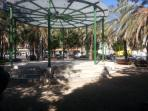Parque blancanieves, ideal para los niños y los amantes de la naturaleza.  Enfrente del apartamento